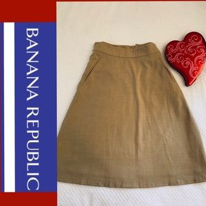 Wool Blend Lined Banana 🍌 Republic midi skirt‼️